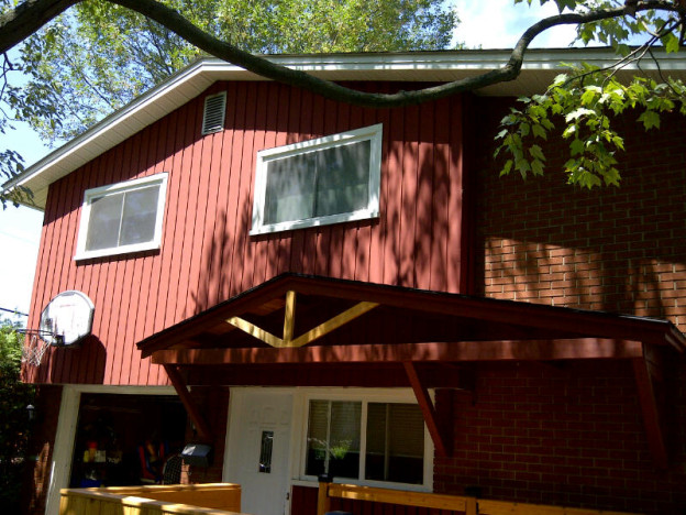 Ottawa Home Renovations Contractor Deck porch built in seating cedar roof angle