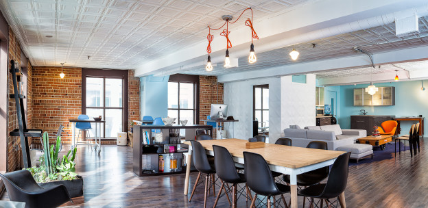 Ian shared this great photo, taken by Justin Van Leeuwen, of the renovated and fully-furnished space.