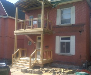 Paul Gratton Fresh Reno Ottawa Home Renovations 2-storey porch Day 14 - railings done